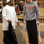 carson-palmer-crutches-acl
