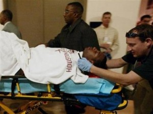 tracy-mcgrady-back-injury-stretcher